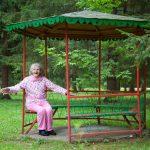 Беседка для бабушки